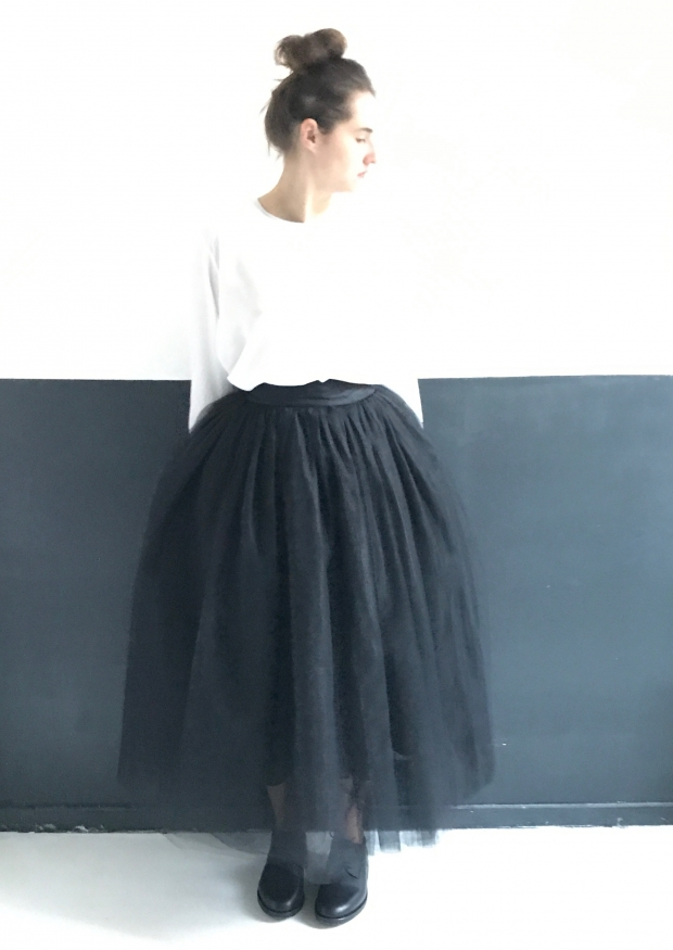 Jupon long en tulle noir