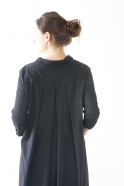 Long sleeves pleated shirt-dress, black openwork cotton