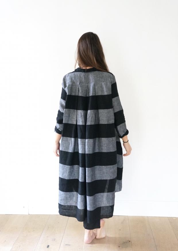 cd81301994f Robe-chemise à plis manches longues