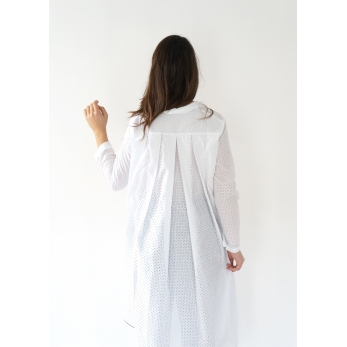 Long sleeves pleated shirt-dress, white openwork cotton