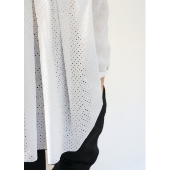 Long sleeves pleated shirt, white openwork cotton