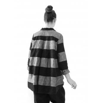 Long sleeves pleated shirt, black stripes linen