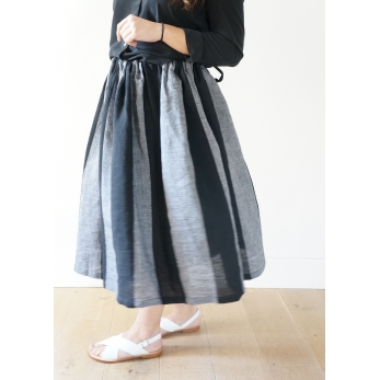 Bow skirt, black stripes linen