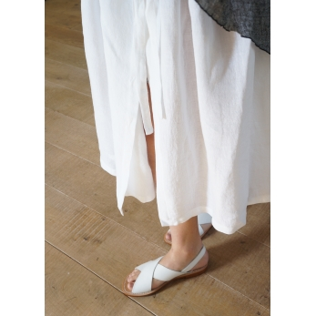 Bow skirt, white linen