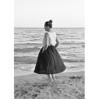 Circular skirt, black linen