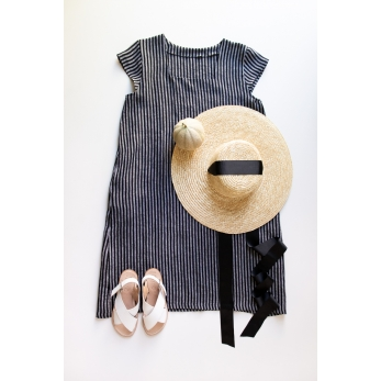 Flared dress, short sleeves, squared neck, dark stripes linen