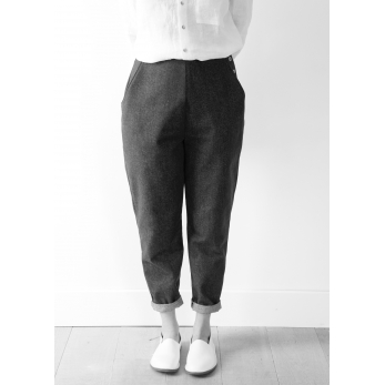 Woman trousers, black denim