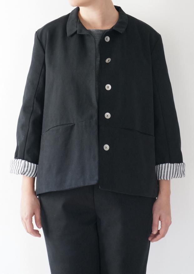 Flared jacket, black denim