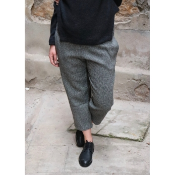 Classic trousers, herringbone wool drap