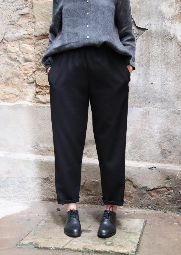 Classic trousers, black flannel