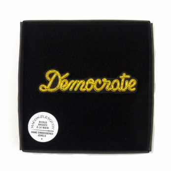 "Brooch ""Democracy"" gold"