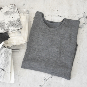 Pull mixte, maille gris clair