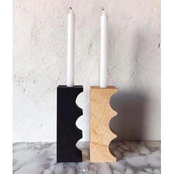Bougeoir en bois creux noir