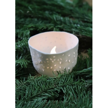 "Ceramic candle holder ""grains of rice"""