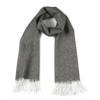 Black & white alpaga scarve