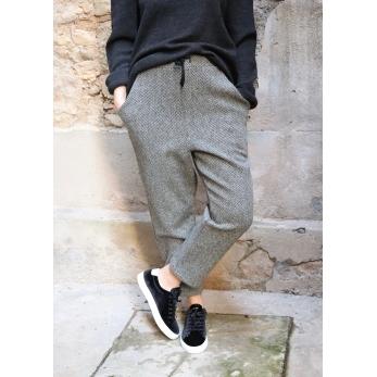 Pockets trousers, herringbone wool drap