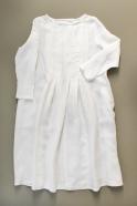 Long sleeves pleated dress, white linen