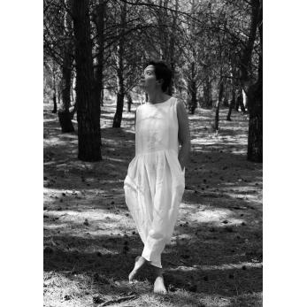 Sleveless pleated jumpsuit, white linen