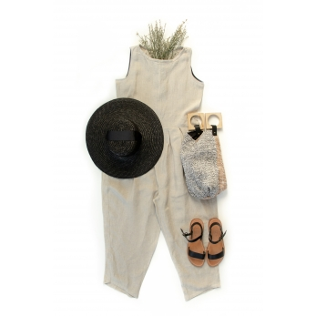 Sleveless pleated jumpsuit, natural linen