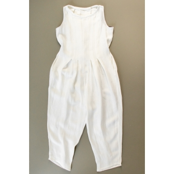Sleveless pleated jumpsuit, white heavy linen