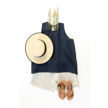 Sleeveless blouse, round neck, indigo linen