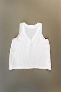 Sleeveless blouse, V neck, white linen