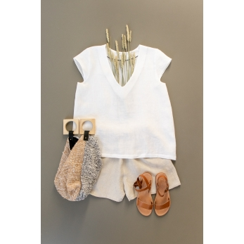 Short sleeves blouse, V neck, white linen