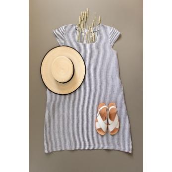 Flared dress, short sleeves, squared neck, light stripes linen