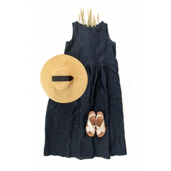 Sleeveless long pleated dress, indigo linen