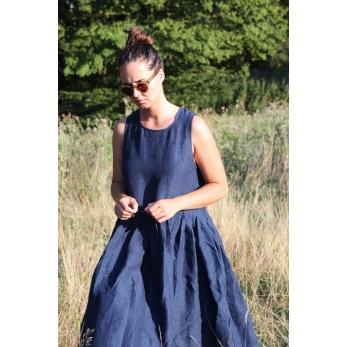 Pleated dress, sleeveless, indigo linen
