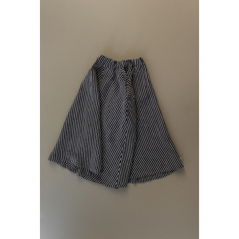 Long skirt, dark stripes linen