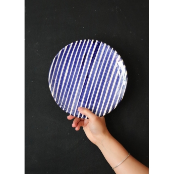 "assiette ""Rayures"" bleue"