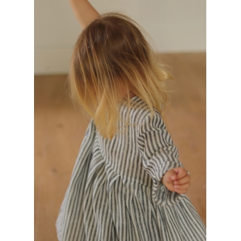 Pleated dress, long sleeves, light stripes linen
