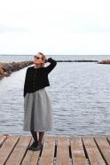 Short cardigan, black heavy knit