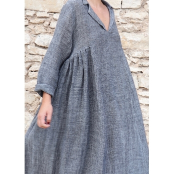 Long pleated dress, grey linen