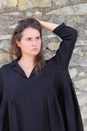 Robe longue à plis, flanelle noire