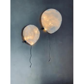 Ballon lumineux en papier blanc