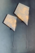 Cerf-volant lumineux en papier blanc
