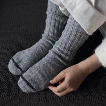 Wool ribbed socks, light grey