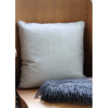 Light grey alpaga pillow