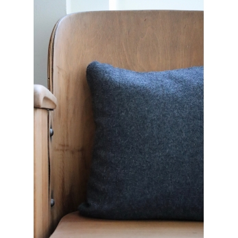 Dark grey alpaga pillow