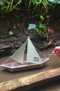Wax paper boat - Sail boat