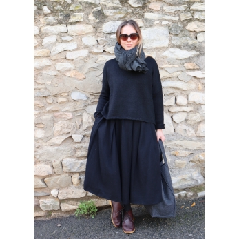 Long pleated skirt, black wool blend