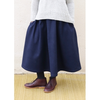Long skirt, navy blue wool drap
