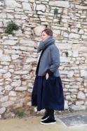 Long pleated dress, low waist, sleeveless, navy blue wool drap