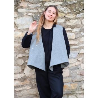 Flared sleeveless jacket, grey wool drap