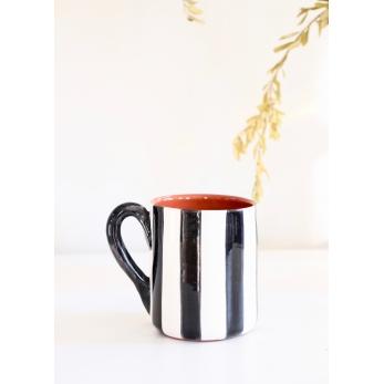 """Mug """"vertical stripes"""" black"""