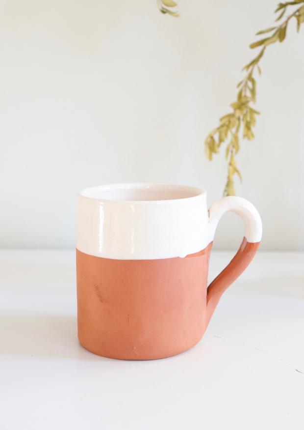 "Mug ""terracotta"" brown"