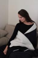 Flipside XXL merino blanket