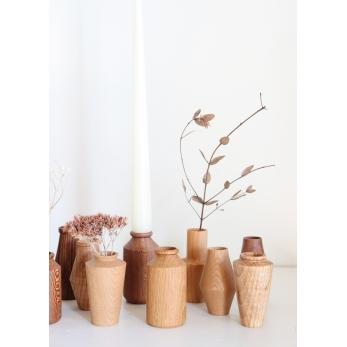 Mini vase en bois tourné